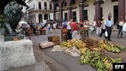 Revendedores de alimentos, chivos expiatorios ante el desabastecimiento en Cuba