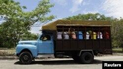 La inseguridad de los camiones de transporte en Cuba