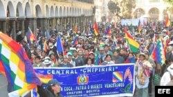 Los indígenas y los médicos se unieron para protestar contra Evo Morales.