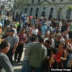 Protesta de cuentapropistas en Holguín.