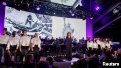 Gloria Estefan actuó en la apertura de Museo de la Estatua de la Libertad