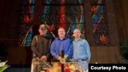 Los misioneros, David Robertson, Billy Medford y Melvin Pitman