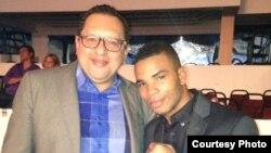 El boxeador cubano, Hairon Socarrás y Edemio Navas