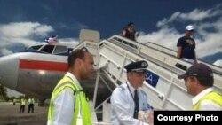 Llegada del primer vuelo regular (1041) de American Airlines a Holguín el 7 de septiembre de 2016.