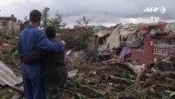 Cubanos impactados ante la destrucción causada por tornado