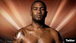 El boxeador cubano Yunier Dorticós de vuelta en la Súper Serie Mundial. (Foto: @DorticosKO)
