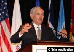 El subsecretario de Agricultura Michael Scuse disertó en Springfield, MO, sobe las perspectivas con Cuba.