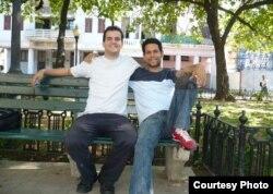 ARCHIVO. Los activistas del MCL Roger Rubio (izq) y el fallecido Harold Cepero.