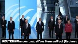 Los líderes de la OTAN posan para una foto antes de la cumbre de la alianza que comenzó el lunes 14 de junio de 2021 en Bruselas. REUTERS/Yves Herman/Mancomunada.