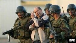 El guerrillero Simón Trinidad fue extraditado en 2004 a EE.UU. por las autoridades colombianas.