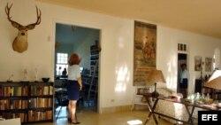 """Foto de archivo (06/01/07) del interior del museo """"Finca La Vigía"""", antigua residencia habanera del fallecido escritor norteamericano Ernest Hemingway."""