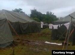 Campamento de migrantes cubanos en La Cruz de Guanacaste, Costa Rica.