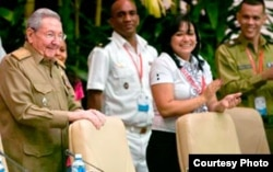 Raúl Castro y Sucelys Morfa