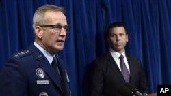 El comisionado de la Oficina de Aduanas y Protección Fronteriza, Kevin McAleenan, anunció el despliegue de tropas a la frontera.