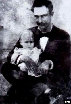 "José Martí e ""Ismaelillo""."