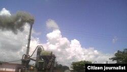 Planta de asfalto de Sancti Spíritus contamina el ambiente foto José R Borges