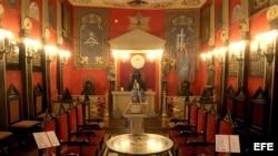 Interior de una logia masónica.