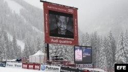 Un minuto de silencio en memoria de Mandela en Beaver Creek, Colorado, donde se realiza el campeonato de esquí.