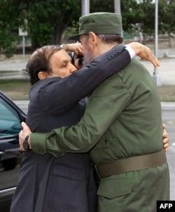 Foto Archivo. Fidel Castro recibió a Abdelaziz Bouteflika en La Habana en abril del 2000.