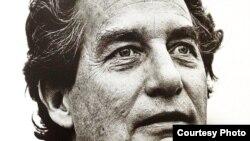 El poeta Octavio Paz.