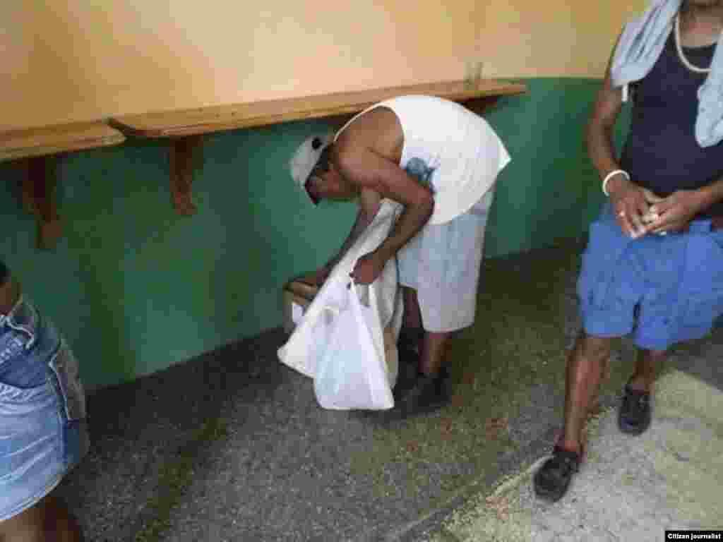 Reporta Cuba compra venta de Granma Serafin Moran