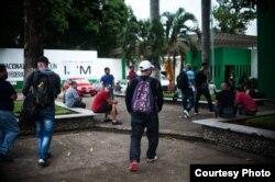 Alrededor de 40 cubanos llegan a diario a la estación migratoria de Tapachulas, en Chiapas, México.