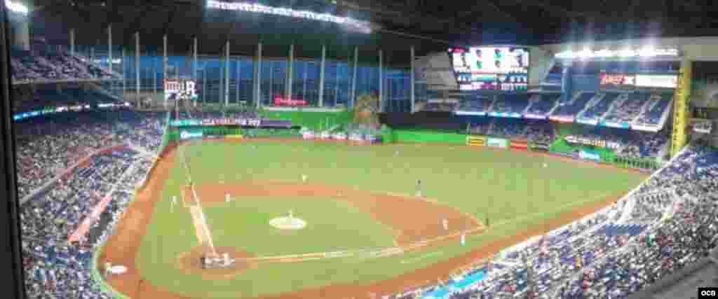 Estadio de los Marlins en Miami. Foto/ Hector Carrillo