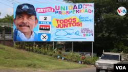 A diferencia de otros comicios, los carteles de Daniel Ortega en donde se invita a votar por él son menos. Foto: Houston Castillo, VOA.