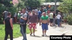 Migrantes cubanos en Puerto Obaldía. (La Prensa)