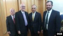 Canciller de Chile Teodoro Ribera Neumann, Dr. René Bolio, Dr. Orlando Gutierrez-Boronat y Sr. Luis Zuñiga (Foto: Paul Sfeir - Radio TV Martí)
