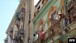 Entrevistan con Lizandra Robert Salazar, Ovidio Martin y Yoel Espinosa Medrano todos en Cuba.