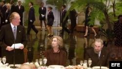 Una cena de gala ofrecida por Fidel Castro en el Palacio de la Revolución.