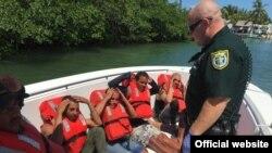 Grupo de balseros cubanos que tocaron tierra en Cayos de la Florida
