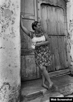 "Mulata (1971), parte de la serie ""El cubano se ofrece"", de Iván Cañas."