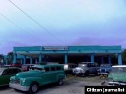 Autos particulares: La opción es cara, pero es la más viable para el transporte interprovincial (RJ Quiñones)