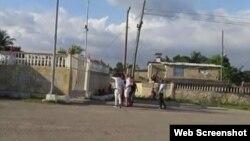 Reporta Cuba. Protesta en el VIVAC. Foto tomada de YouTube.