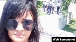 Claudia Genlui, curadora, crítica de arte y activista por la libertad de Cuba.