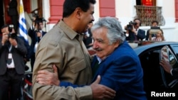 Nicolás Maduro junto a José Mujica en una imagen de archivo.