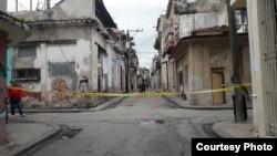Acceso a la sede del Movimiento San Isidro, bloqueado por la policía. (Facebook/ Anamely Ramos)