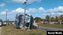 Accidente de tránsito en Camagüey. (Foto de Facebook del diario estatal Adelante)