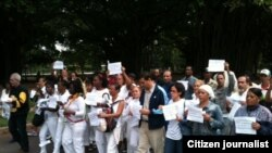 Reporta Cuba. Integrantes del ForoDyL asisten a jornada de #TodosMarchamos (31/01/2016). Foto: Ángel Moya.