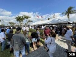 Vista general del evento en el aeropuerto de Tamiami para recordar el 60 aniversario de Bahía de Cochinos.