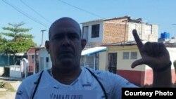 Luis Enrique Santos Caballero, activista de los derechos humanos en Villa Clara. (Cortesía de Yoel Bravo).