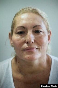 Ada María López, una Dama de Blanca que fue arrestada durante la visita del papa con su hermano el bloguero, Agustín López.