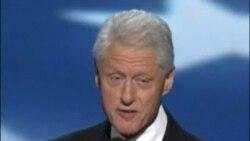 Bill Clinton se roba la escena