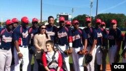 Estrellas cubanas jugaron en Miami por una causa justa.