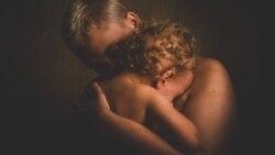 Entre Nosotros: La infancia herida