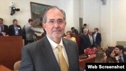 Miguel Henrique Otero, presidente editor del diario El Nacional de Caracas (Foto VOA).