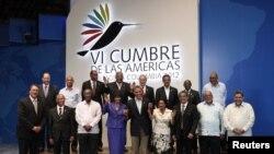 Obama junto a otros líderes regionales que participaron en la Cumbre.