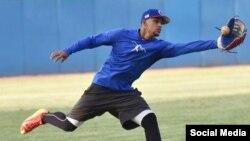 Víctor Víctor Mesa, prospecto cubano codiciado por equipos de Grandes Ligas del Béisbol (MLB). TOMADO DE FACEBOOK.